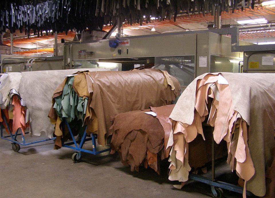 settori-industriali-di-utilizzo-pompe-pneumatiche-a-pistone-produzione-zp-arrow-pompe-per-conciatura-pelli2